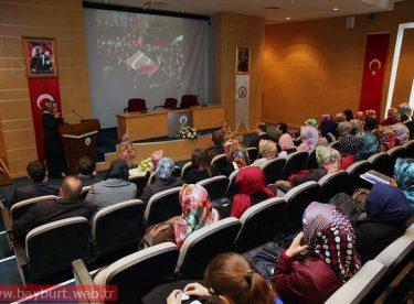Bayburt Üniversitesinde Şehit Aileleri Anıldı