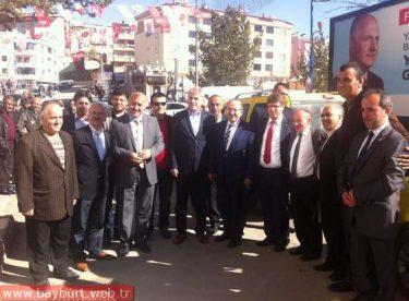 Gümrükçüoğlu, Bayburt'ta Ak Parti seçim çalışmalarına katıldı