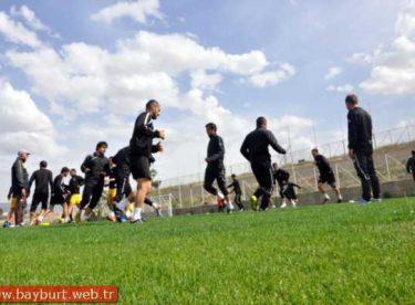Bayburtspor, Malatya'da Play-Off Hazırlıklarını Sürdürüyor