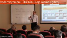 Akademisyenlere TÜBİTAK Proje Yazma Eğitimi