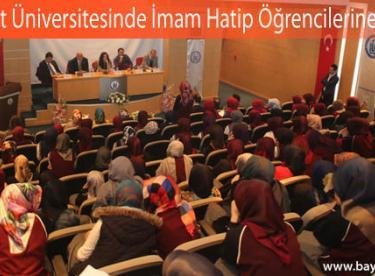 Bayburt Üniversitesinde İmam Hatip Öğrencilerine Panel