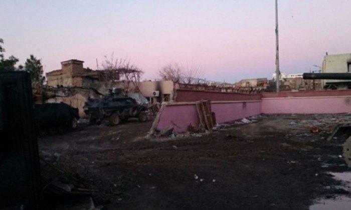 Teröristler Sur'u yok ediyor