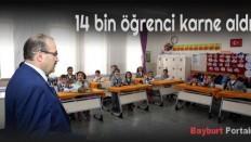 Bayburt'ta 14 bin öğrenci karne aldı
