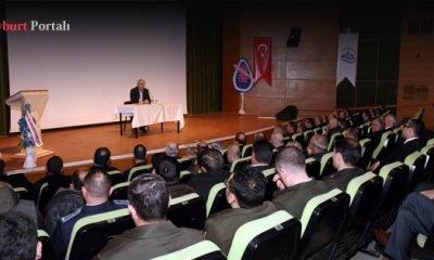 'Tarihte Ermeni Meselesi' konulu konferans düzenlendi