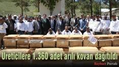 Üreticilere 1.360 adet arılı kovan dağıtıldı