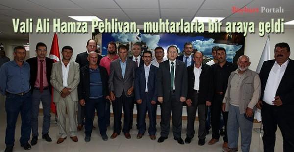 Vali Ali Hamza Pehlivan, muhtarlarla bir araya geldi