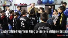 Bayburt Belediyesi'nden Genç Boksörlere Malzeme Desteği