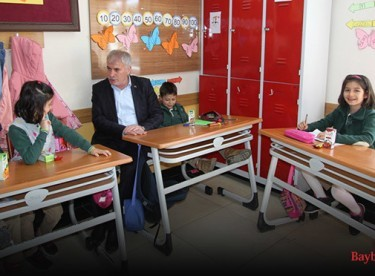 Başkan Memiş, Dede Korkut Koleji'ni ziyaret etti