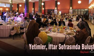 Yetimler için iftar sofrası