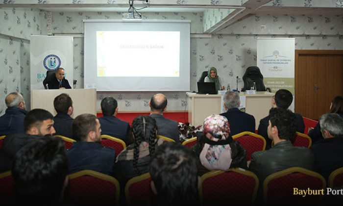 Demirözü'nde 'Organik Arıcılık' paneli